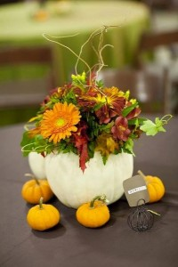 pumpkins table decoration ideas